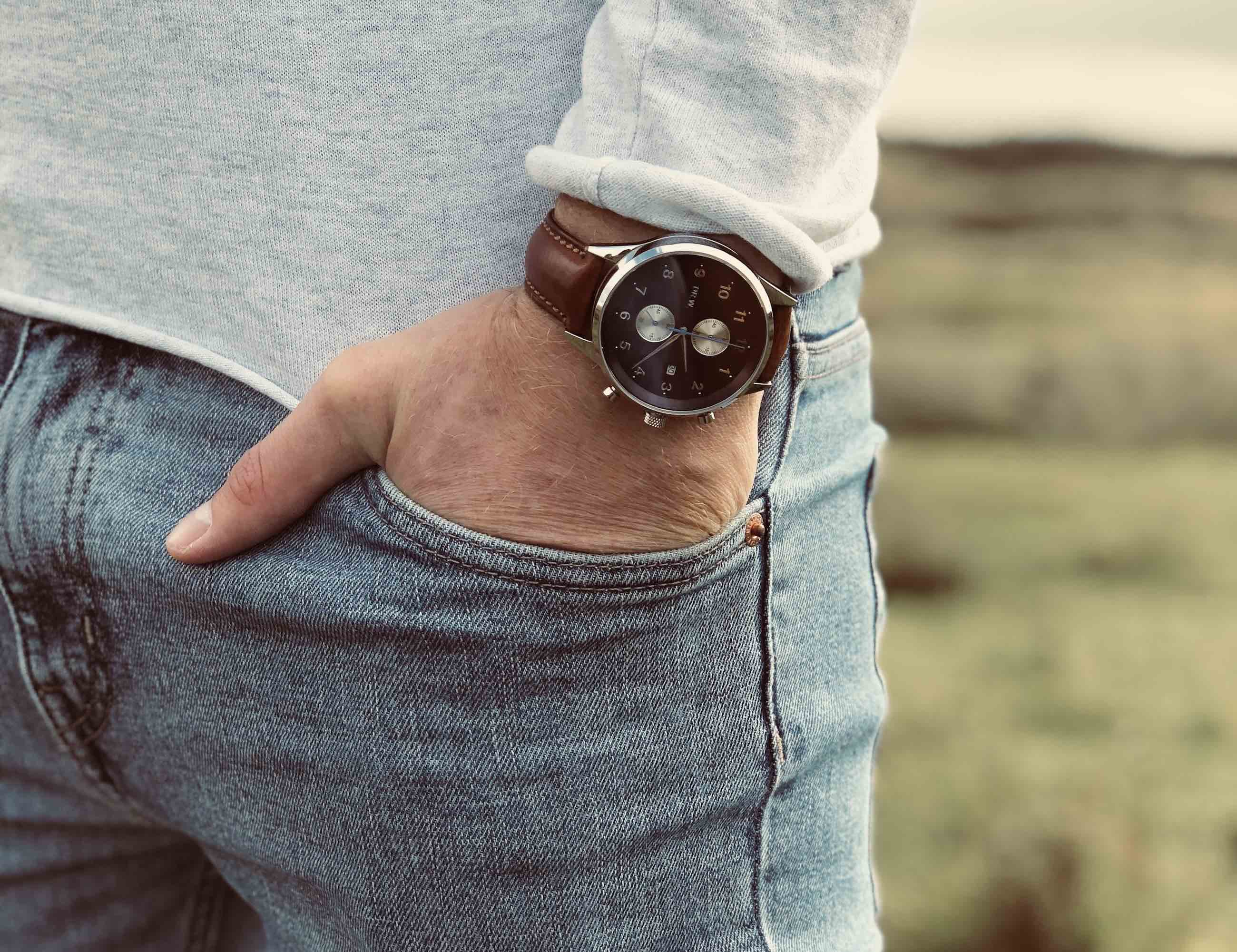 DR.W. Two-in-One Adaptable Watch
