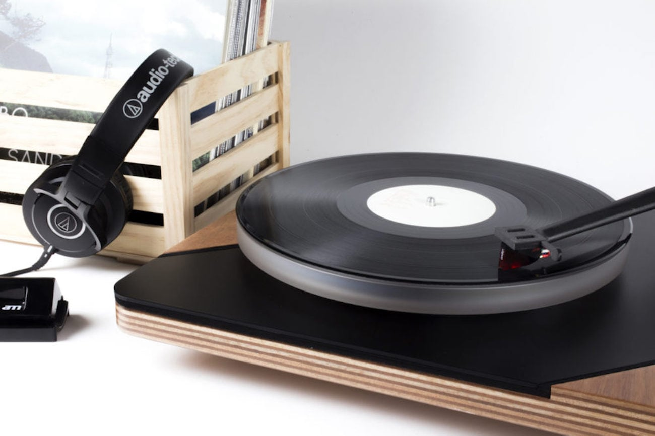 Defoss Logigram Full Analog Turntable