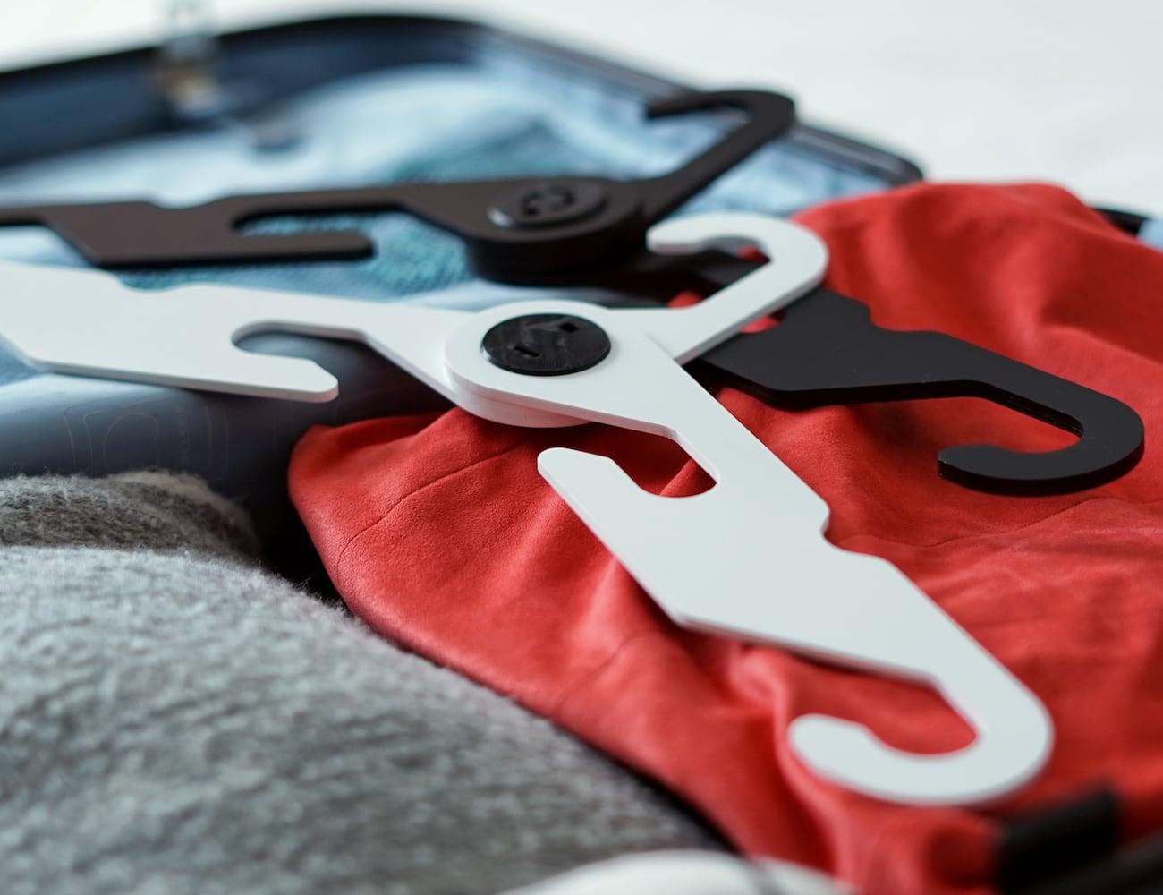 HandyHNGR Classy Foldable Hanger