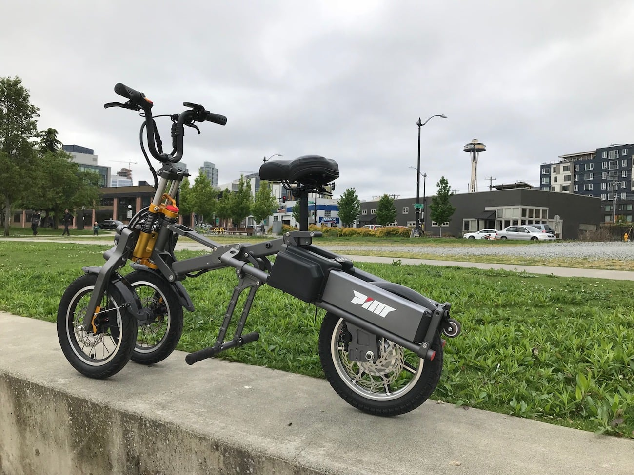 MYLO Electric Three-Wheel Folding Scooter