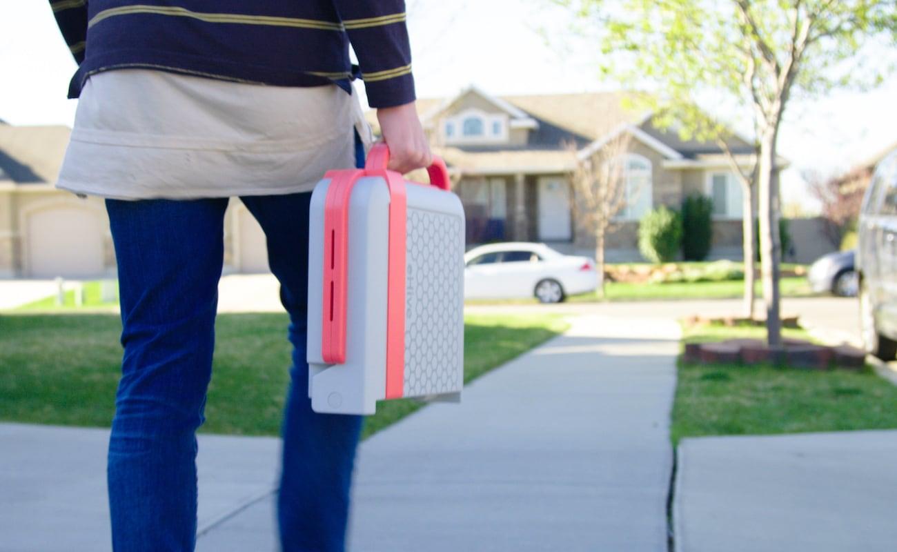 Modfamily E-Hive Portable Charging Case