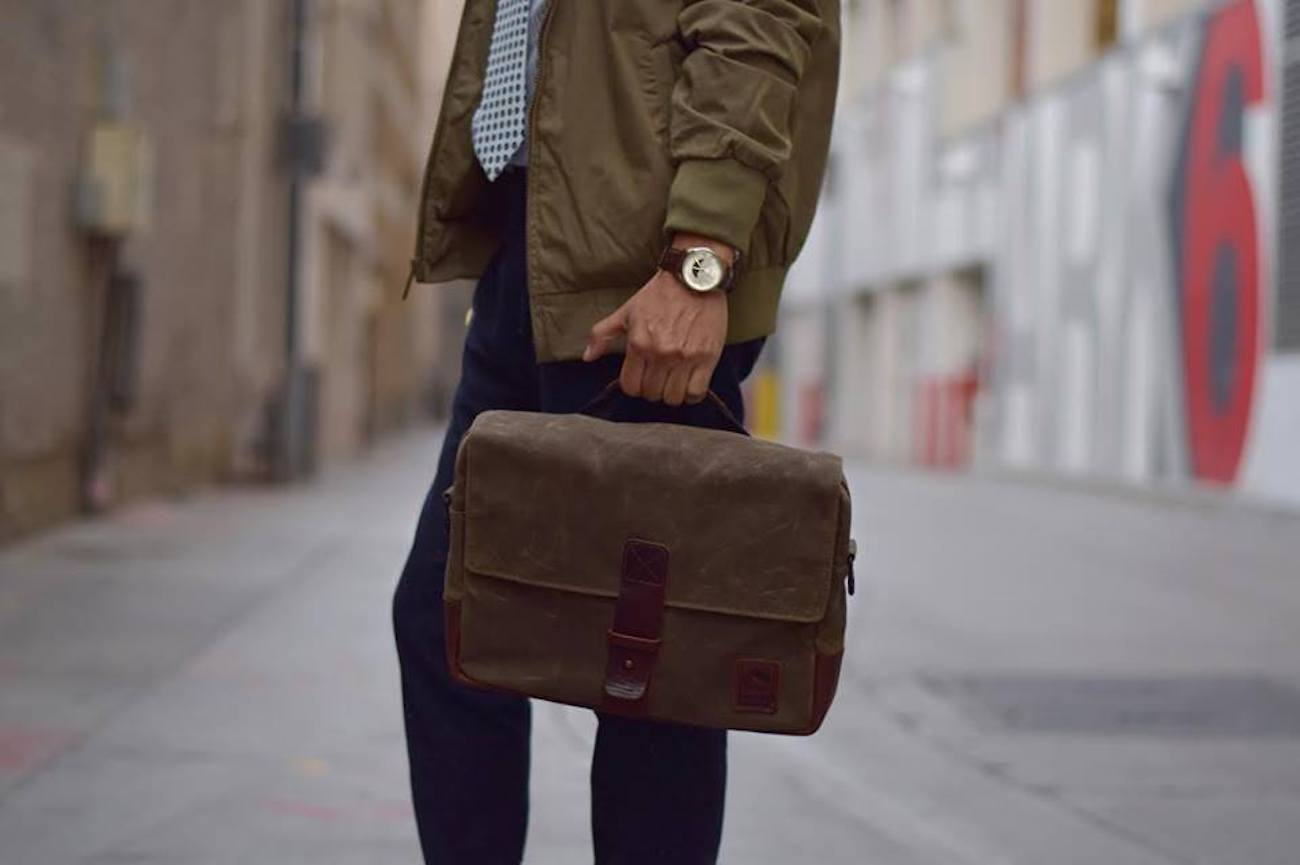 NutSac Satchel Pro Men's Messenger Bag
