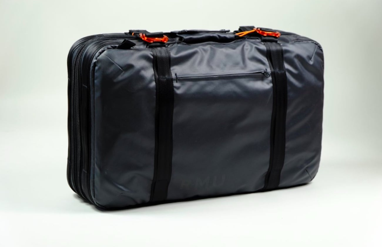 Rocky Mountain Underground BRFCS Expandable Weatherproof Briefcase