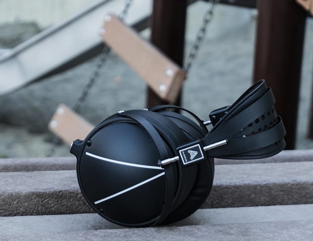 Audeze+LCD2+Closed-Back+Magnetic+Headphones