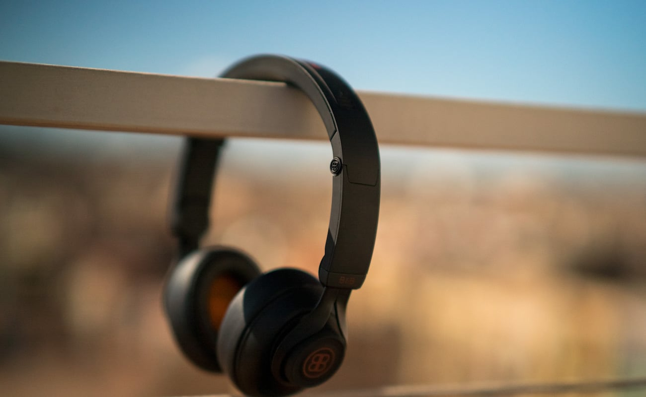 B&B Pure Customizable Noise-Canceling Headphones