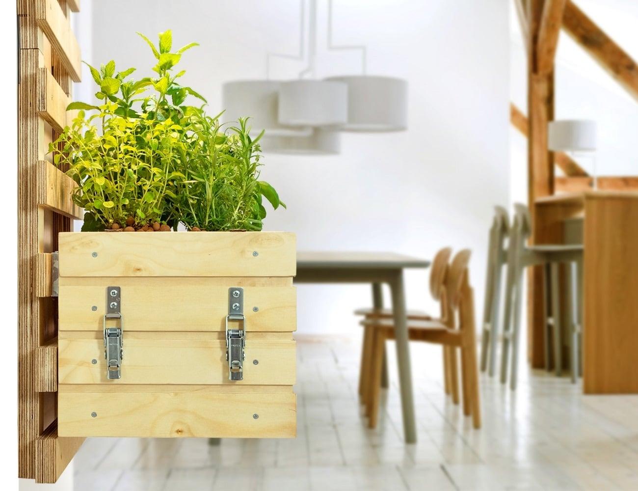 Gartenzwerg Smart Personal Gardens