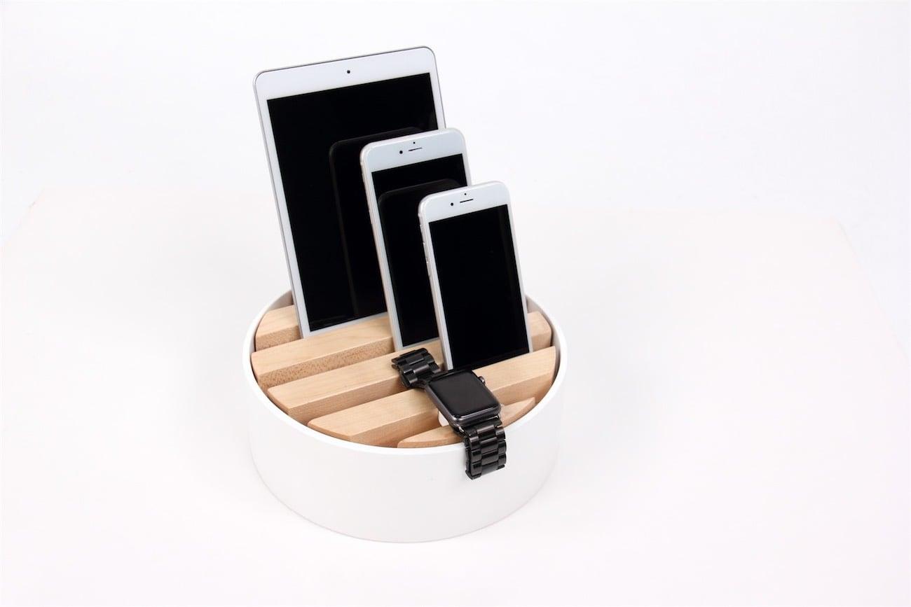 Muemma Trellis Wooden Desktop Charger loading=