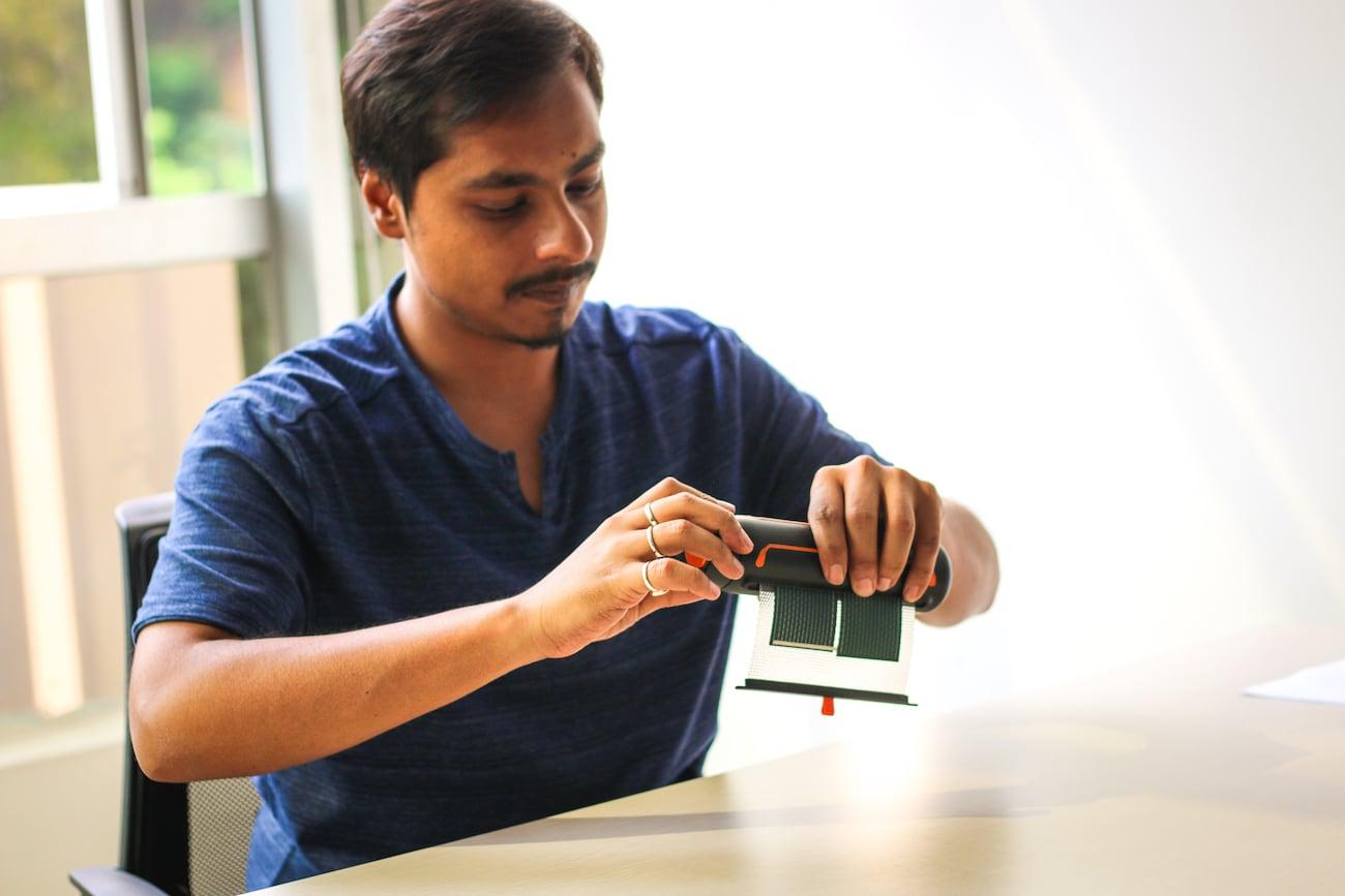 SOUL Solar Scroll Portable Solar Charger