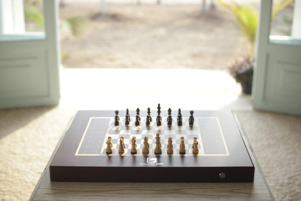 Square+Off+Smart+AI+Chessboard
