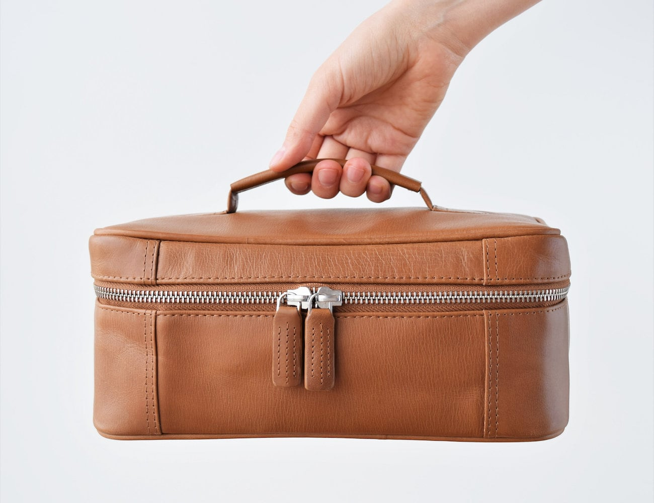 TheLeatherExpert Leather Travel Toiletry Bag