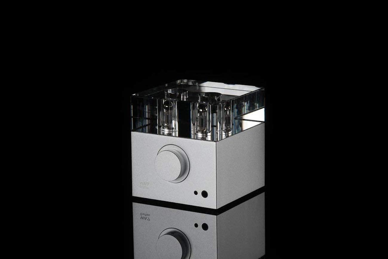 Woo Audio WA7 Fireflies Headphone Amplifier and DAC