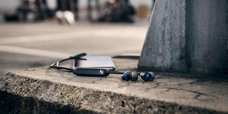 Lightweight Earbuds