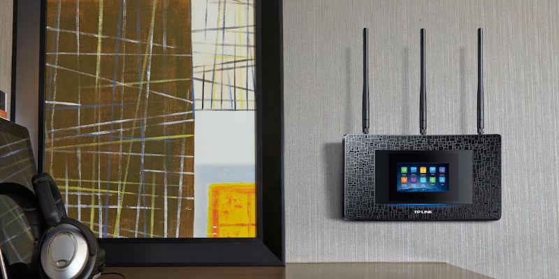 Touchscreen Wi-Fi Range Extender