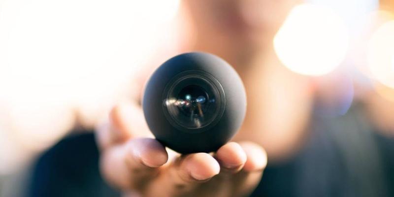 360-degree cameras 09