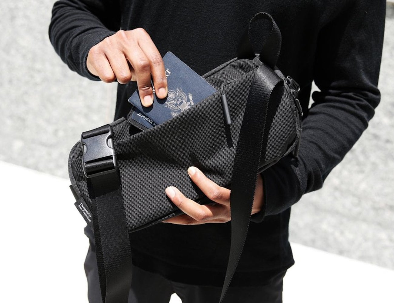 Aer Day Sling Bag 2
