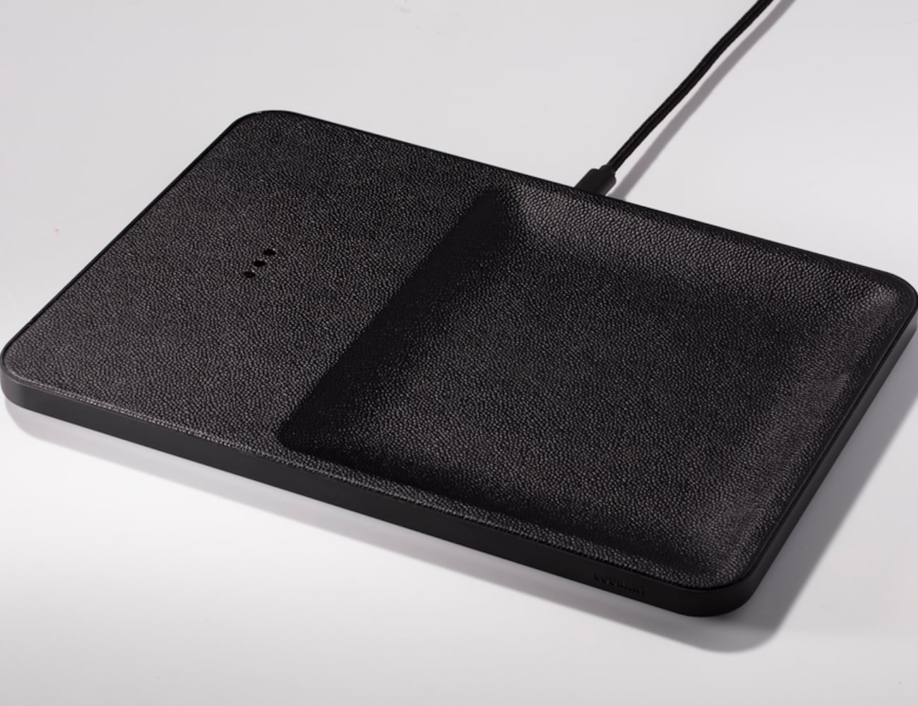 Courant Catch 3 Aluminum Wireless Charger