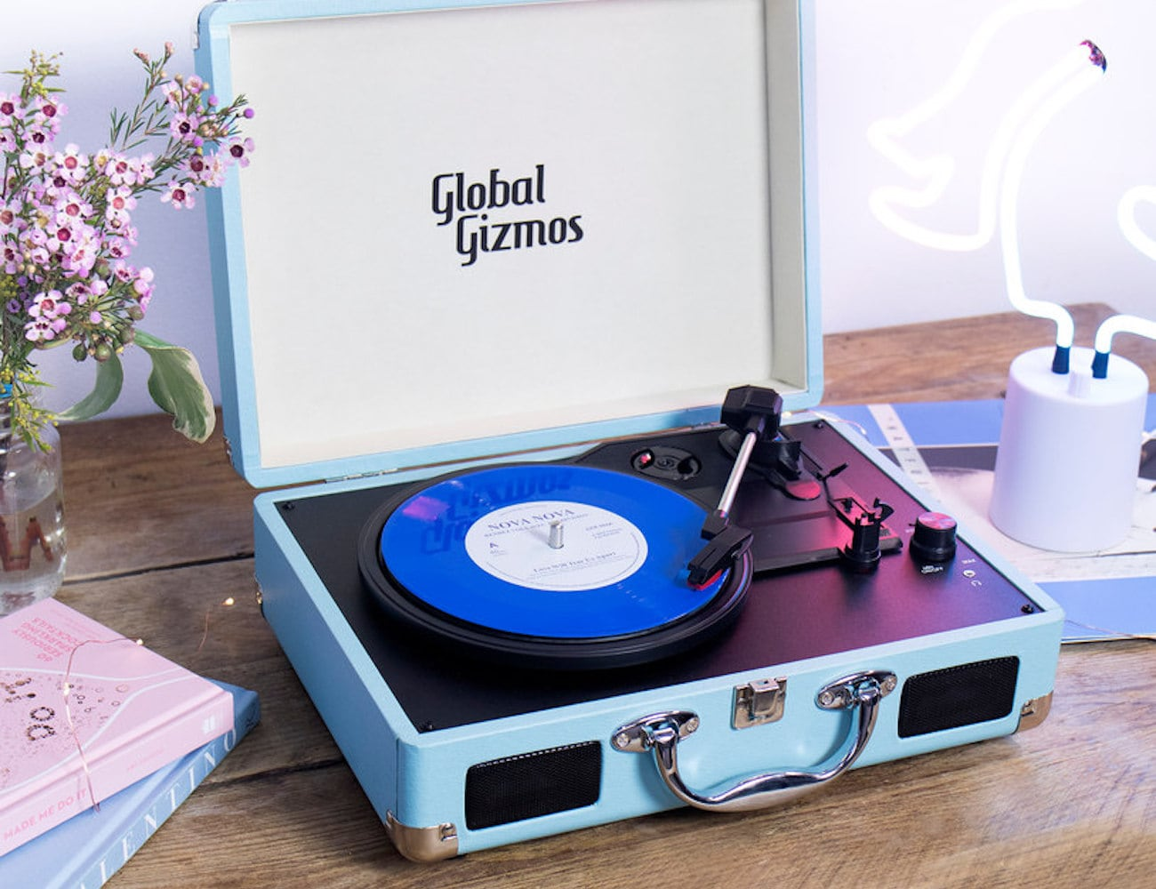 Global Gizmos Retro Portable Briefcase Turntable