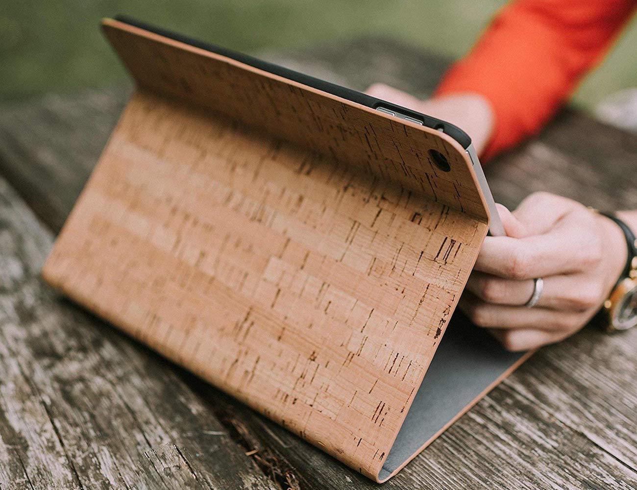 Reveal Lavelle Cork Wood iPad Folio