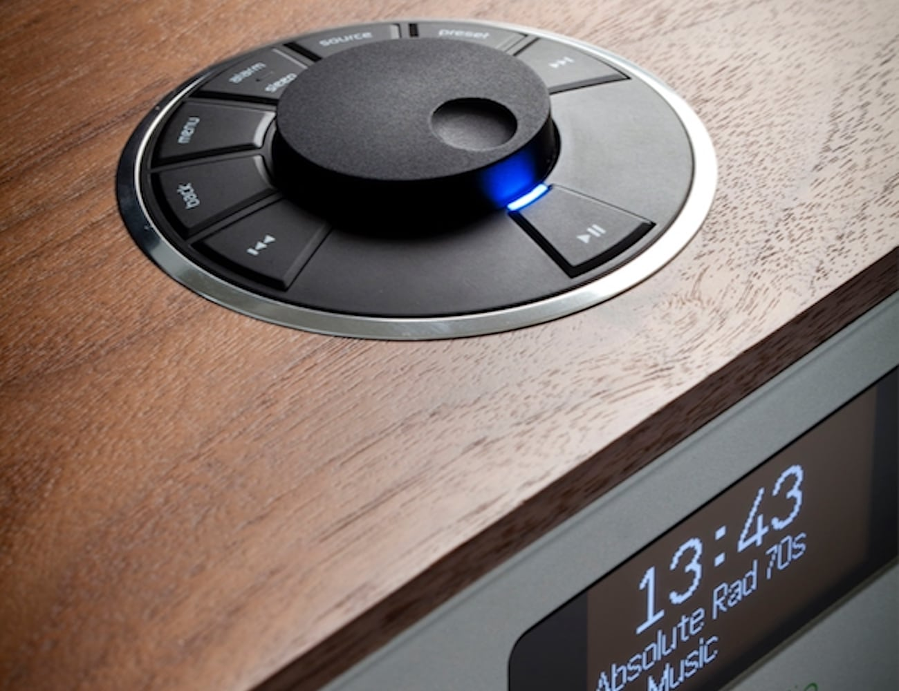 This Streaming Music System Looks Like a Classic
