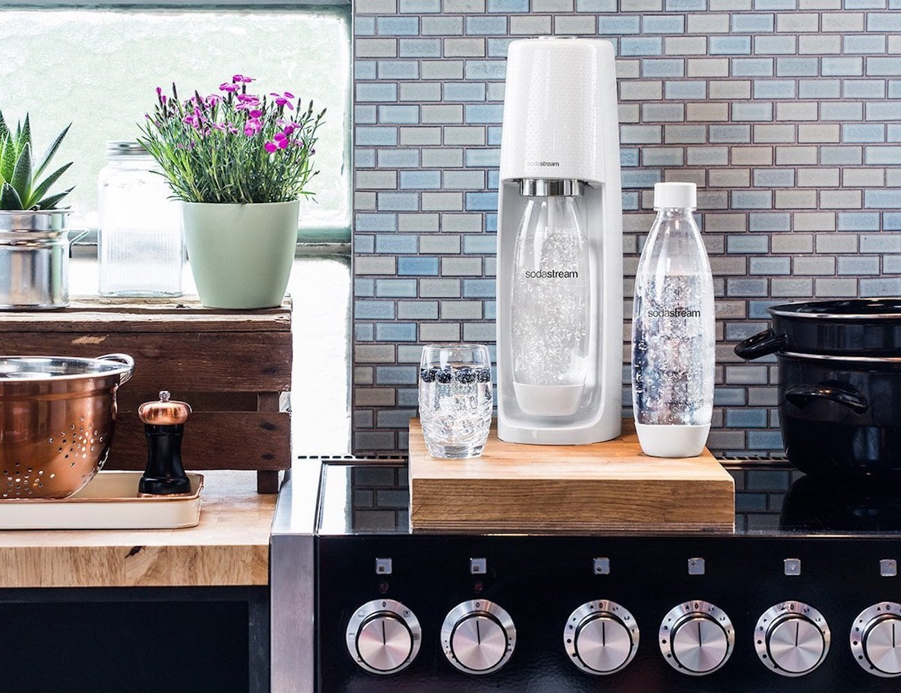 SodaStream Spirit Sparkling Water Maker