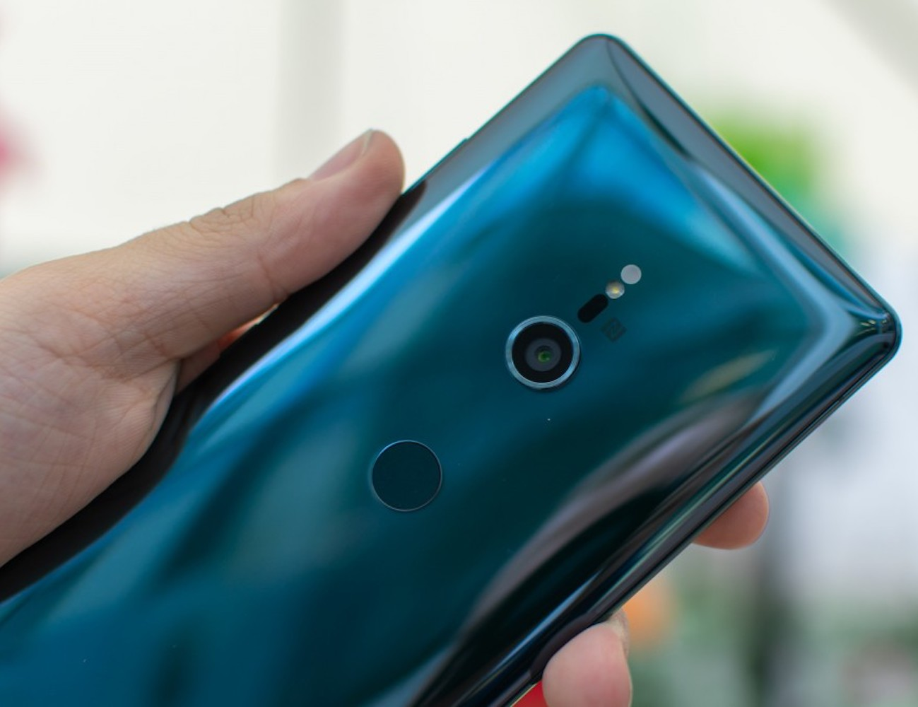 Sony Xperia XZ3 HDR OLED Display Smartphone