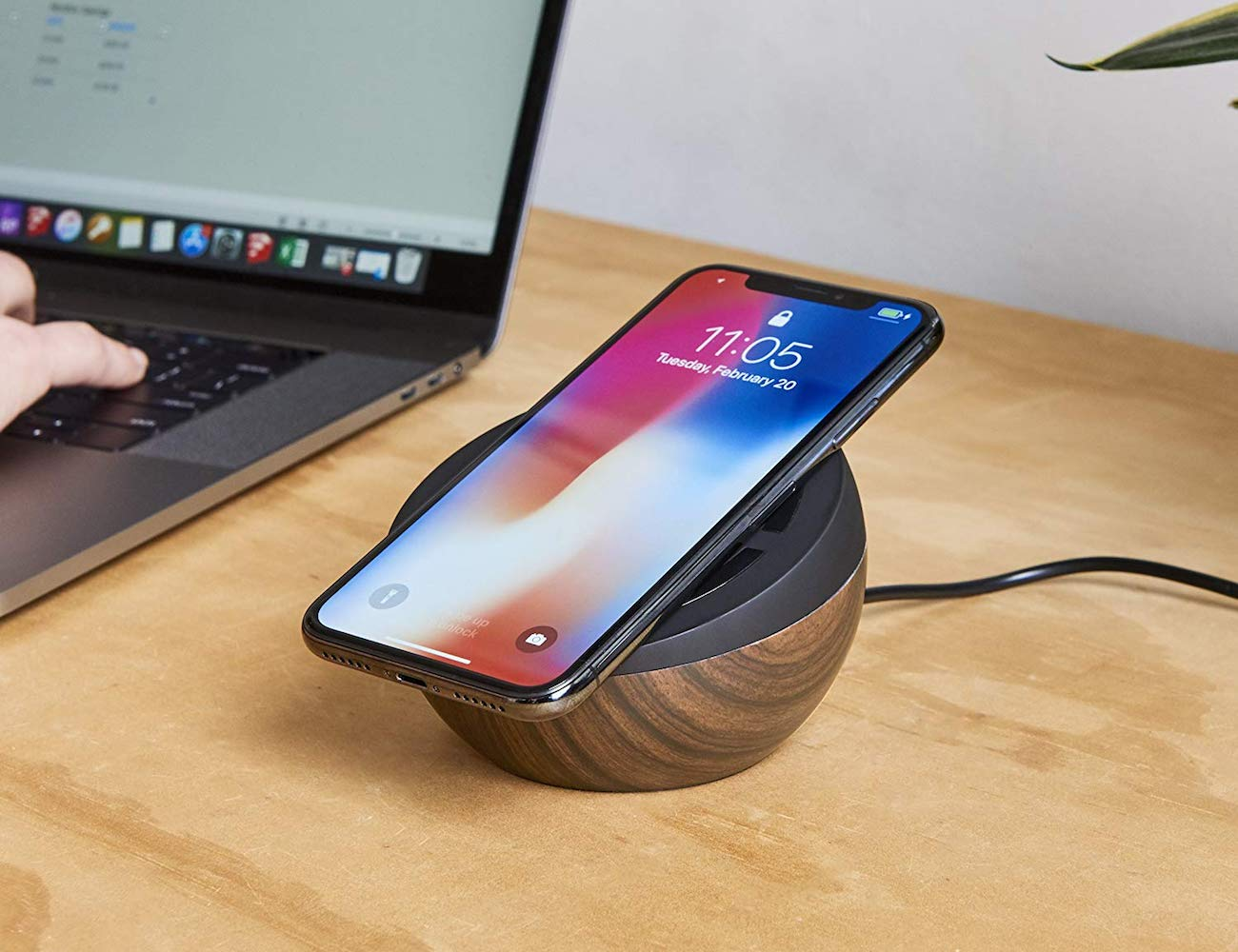TYLT Twisty Adjustable Wireless Charging Pad