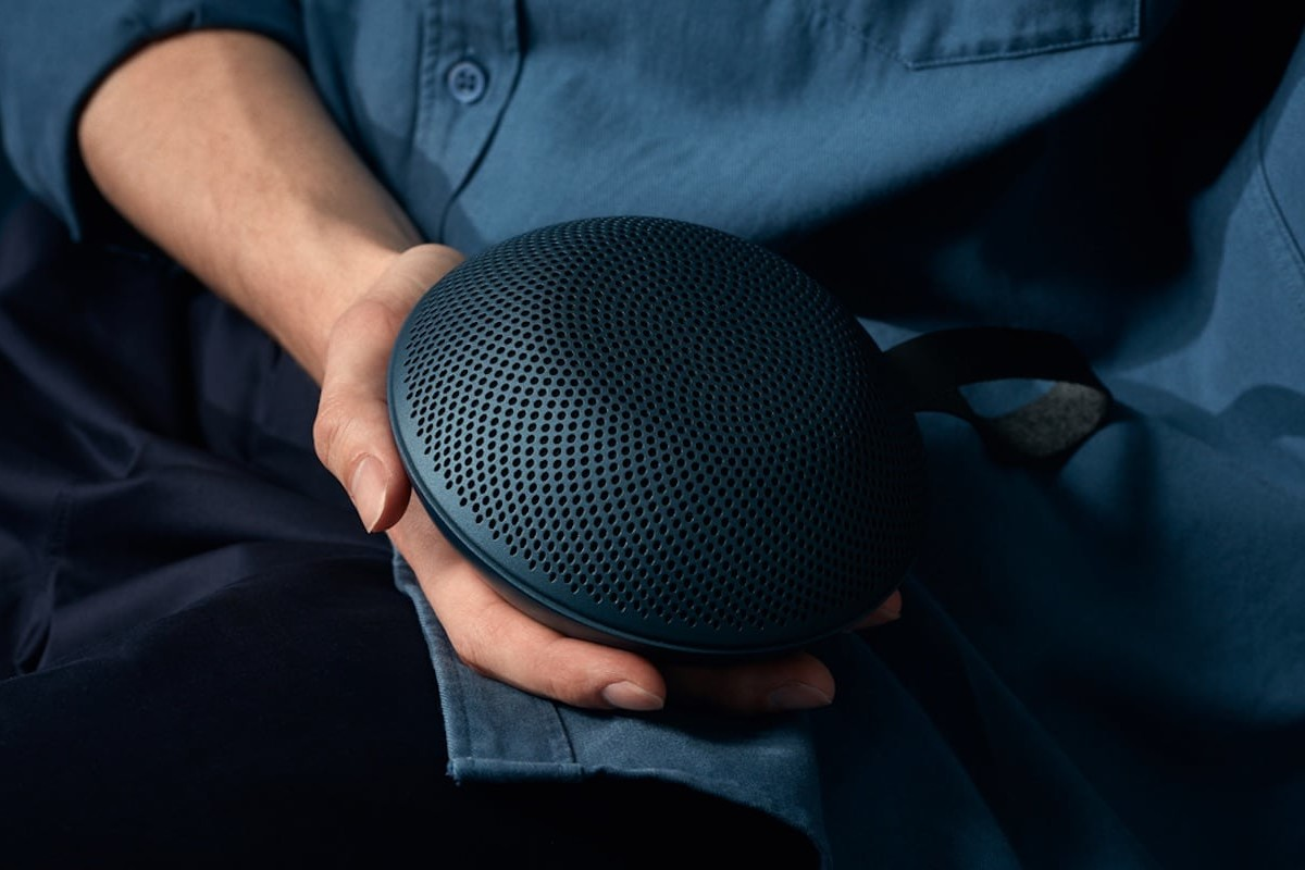 Vifa Reykjavik Powerful Bluetooth Speaker delivers 360º sound