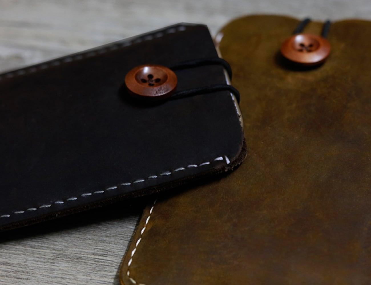 Vintage iPhone Pouch Case