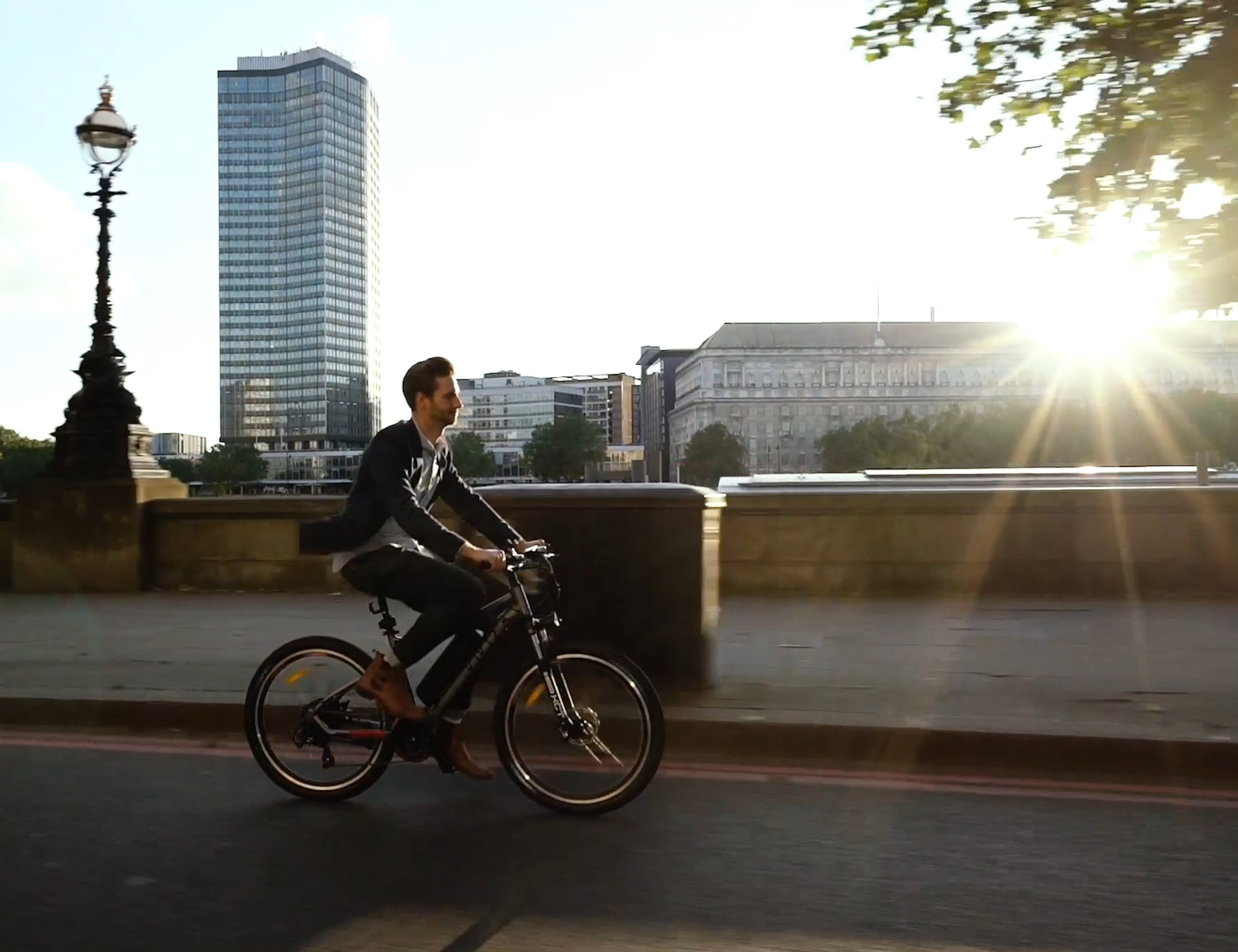 Vivid High-Quality Electric Bike