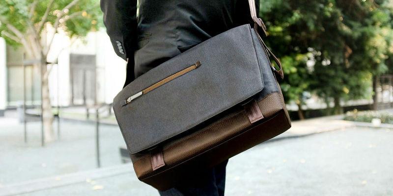 Lightweight Messenger Bag