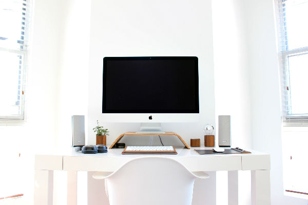 5+Incredible+desk+setups+to+boost+your+productivity