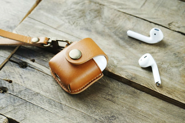 6 Leather EDC goods that are too cool to resist