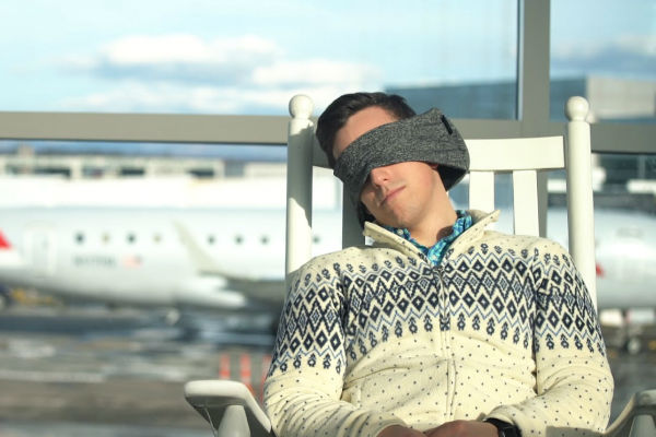 5 Power nap pillows to help you catch up on sleep anywhere