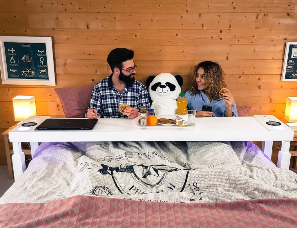 Bedchill+Overbed+Rolling+Table