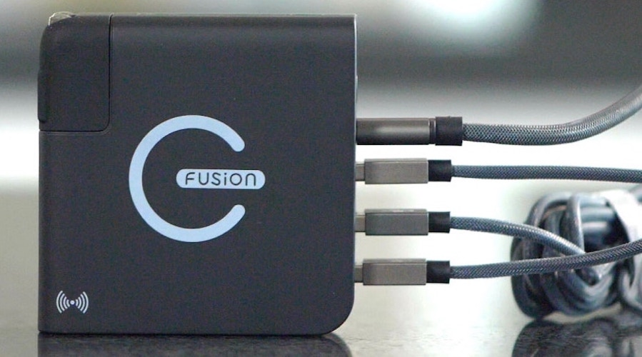 E-Fusion Wireless Portable Charger