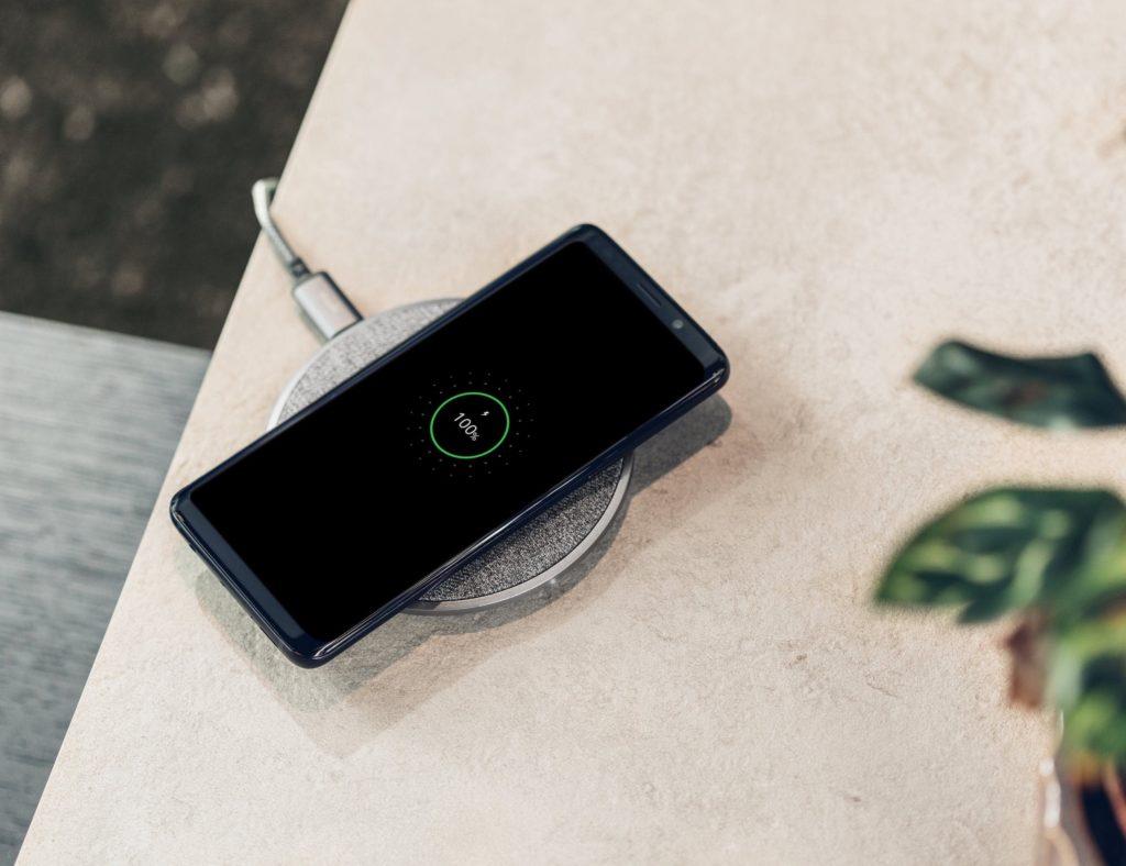 Moshi+Otto+Q+Wireless+Charging+Pad