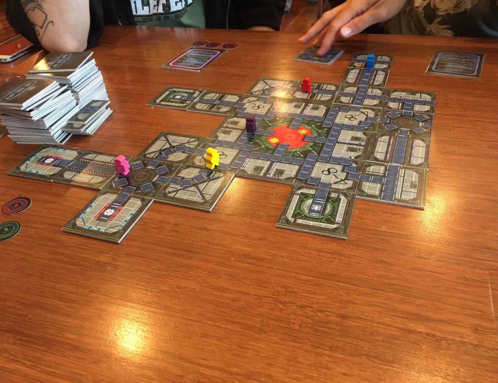 No+Escape+Strategic+Maze-Building+Board+Game