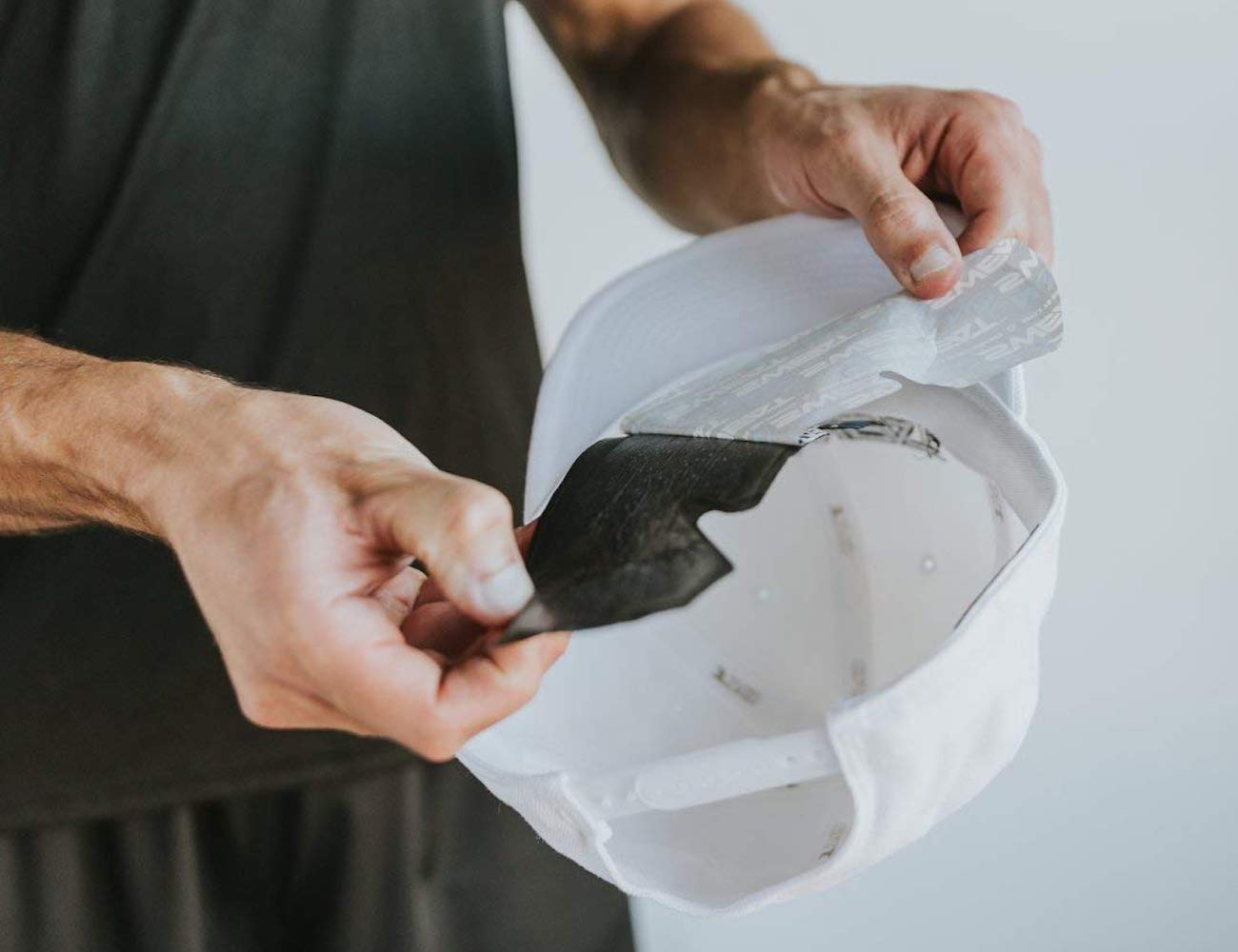 NoSweat Disposable Sweat Absorbing Hat Liner