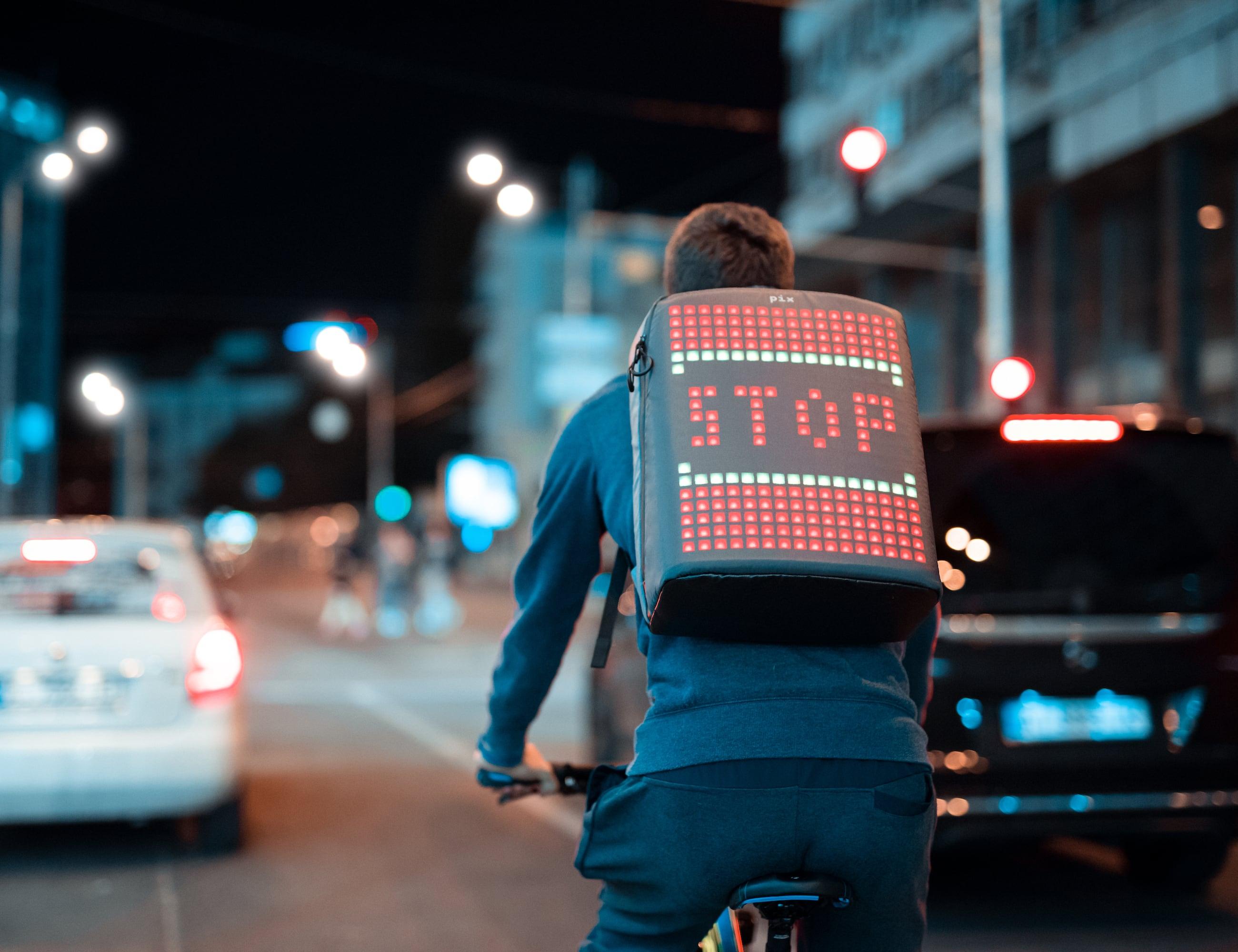 نتيجة بحث الصور عن Pix - The Smart Animative Backpack