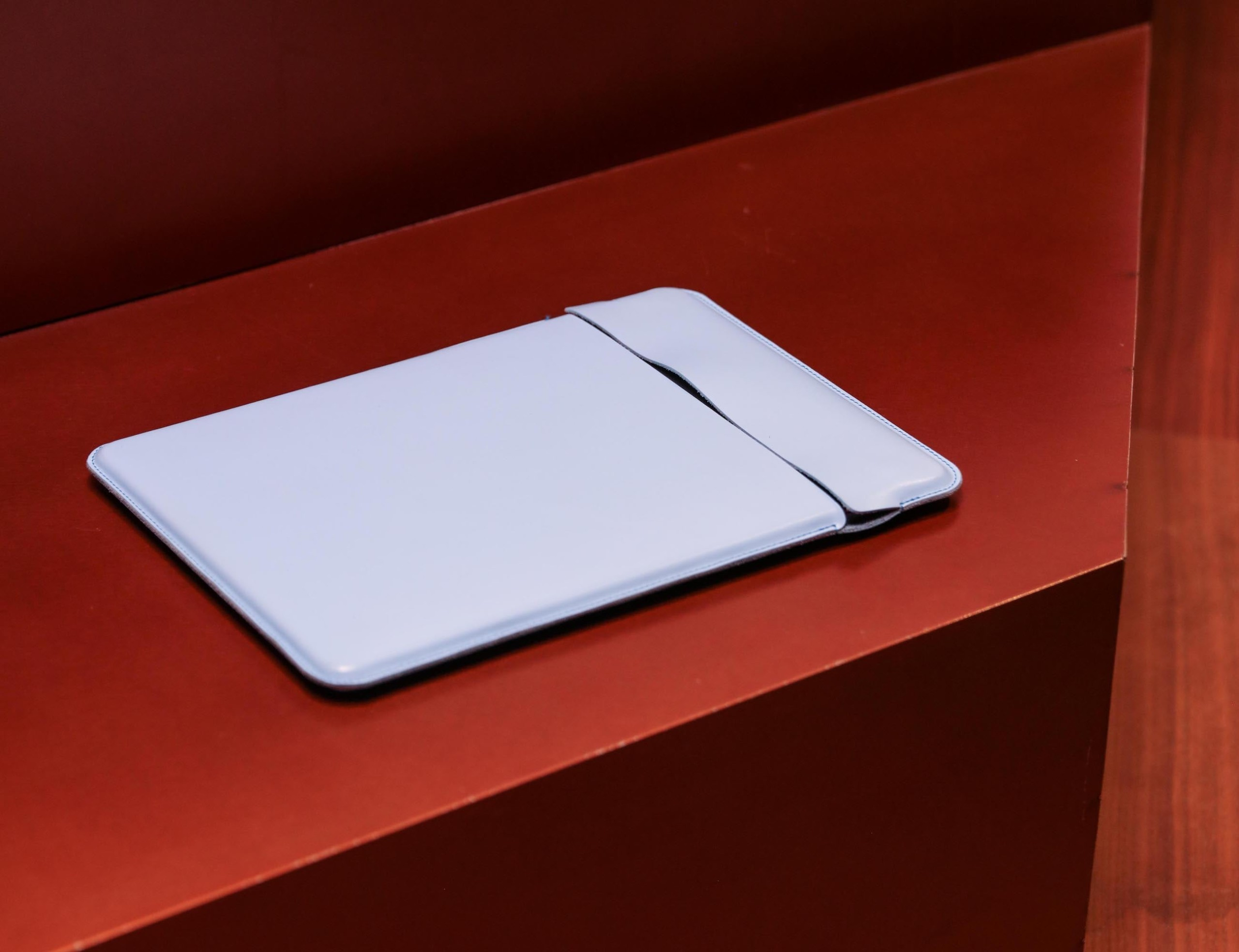 Plexo Minimalist Leather MacBook Sleeve