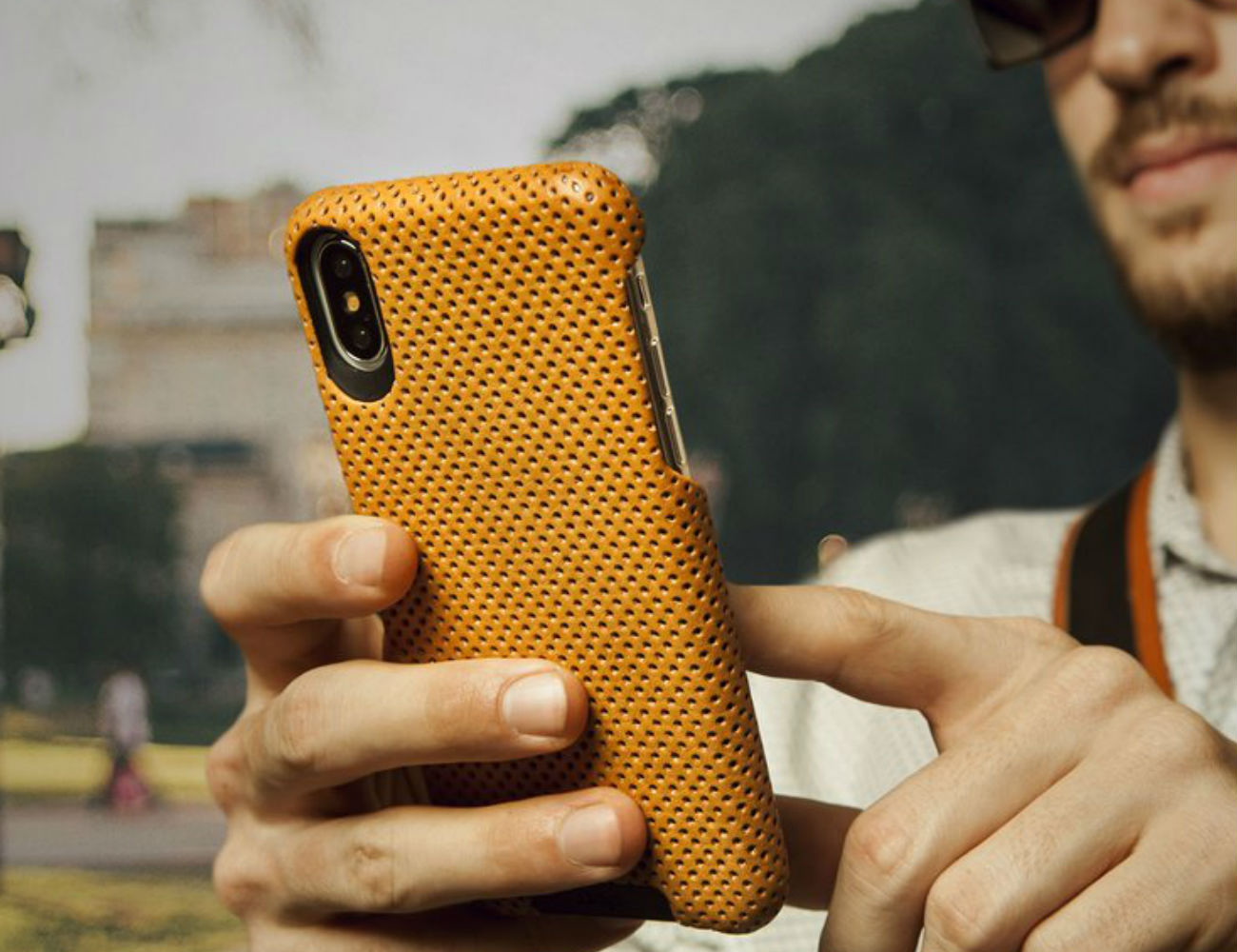 Vaja Grip Leather iPhone Xs Case