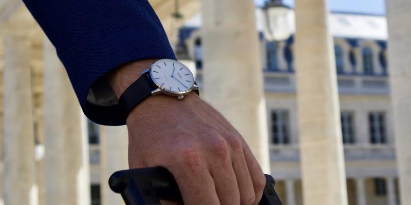 hybrid smartwatch 04