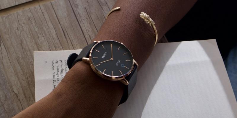 hybrid smartwatch 05