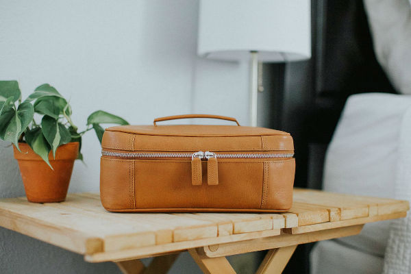7 Classy travel accessories to keep you stylish on your trip