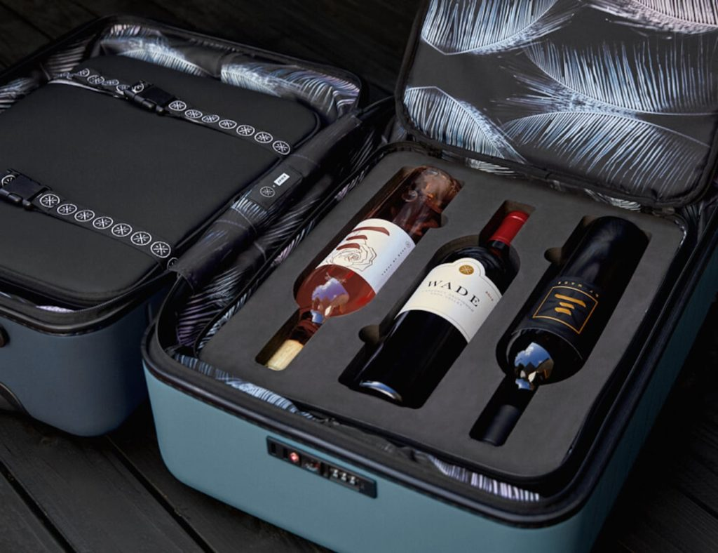 Away+Travel+The+Dwyane+Wade+Wine+Case