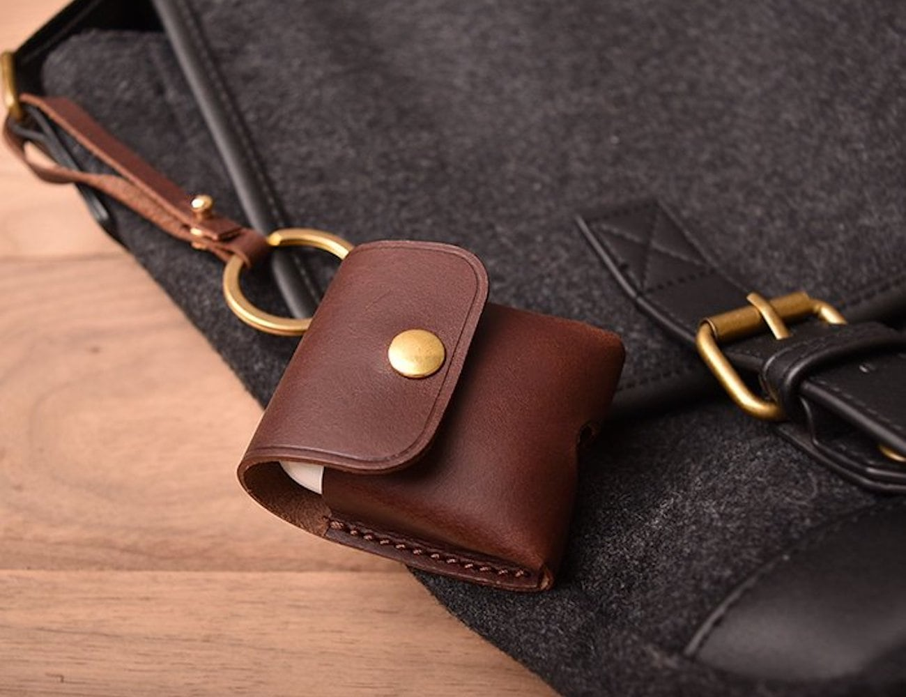 Beltto Leather AirPods Pouch