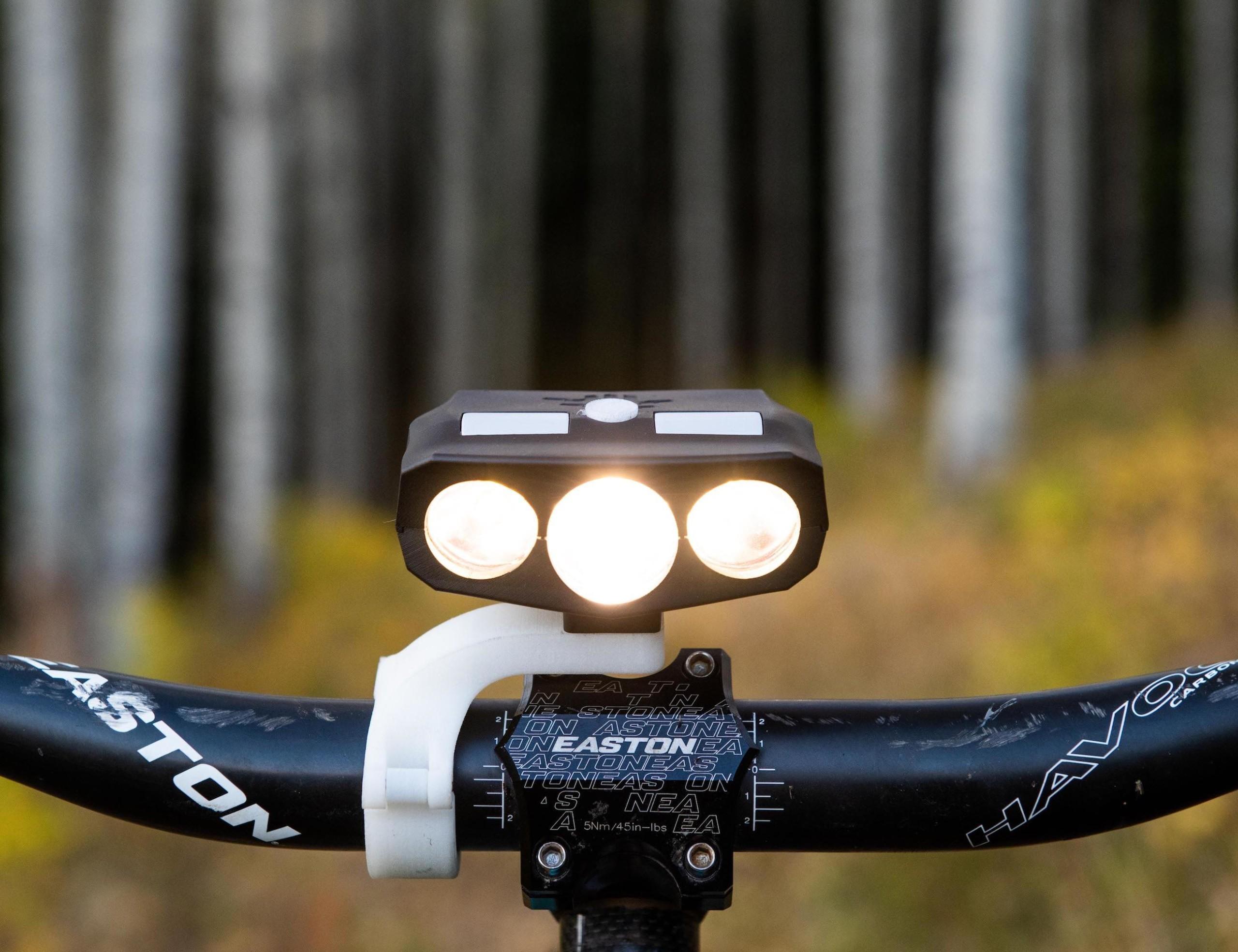 Hydra 3 Beam Steering Bike Light