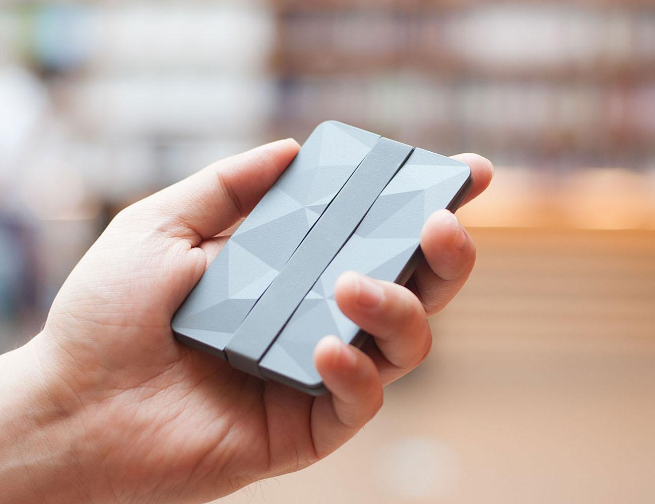 Keri Versatile Minimalist Wallet