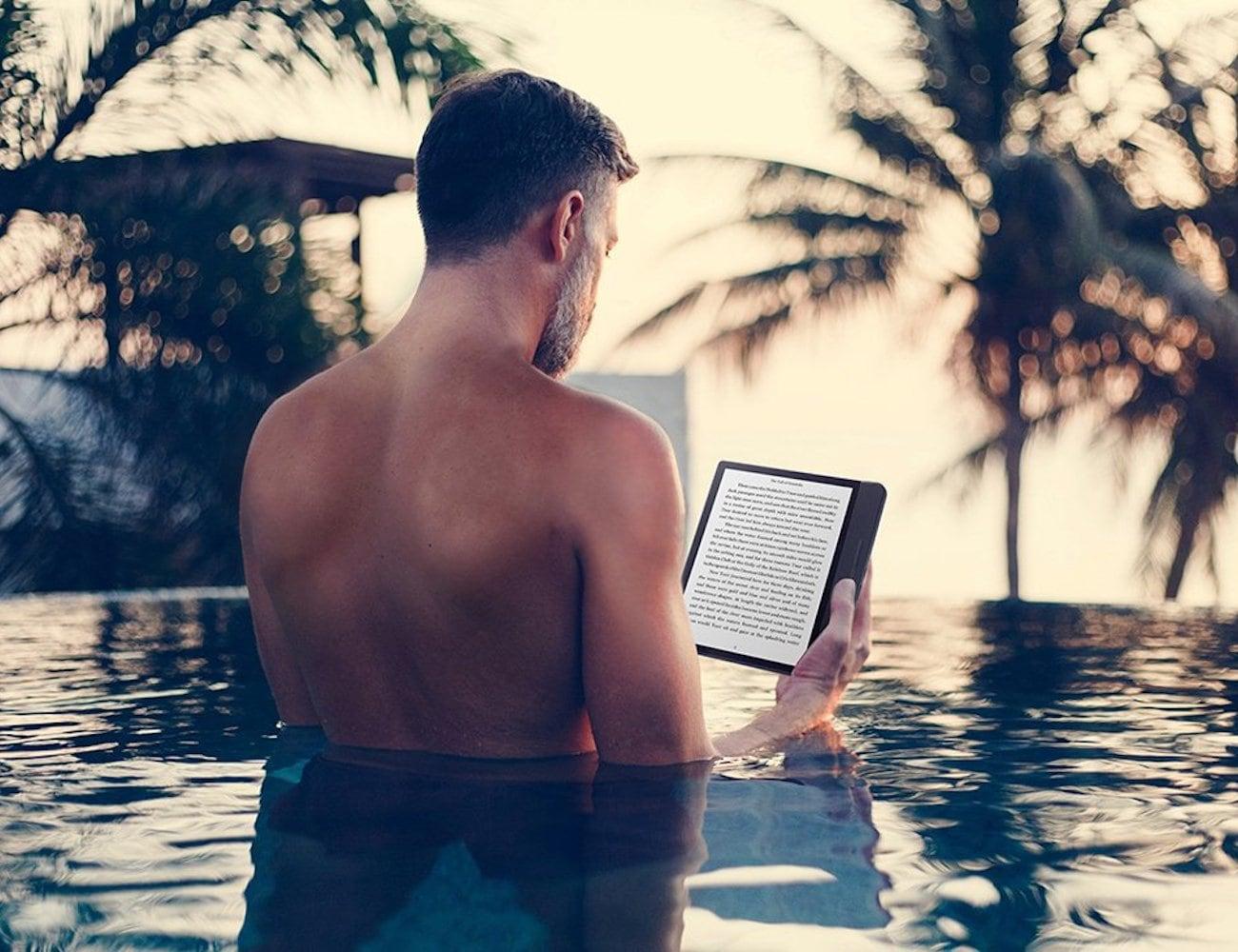 Kobo Forma Waterproof Lightweight E-Reader