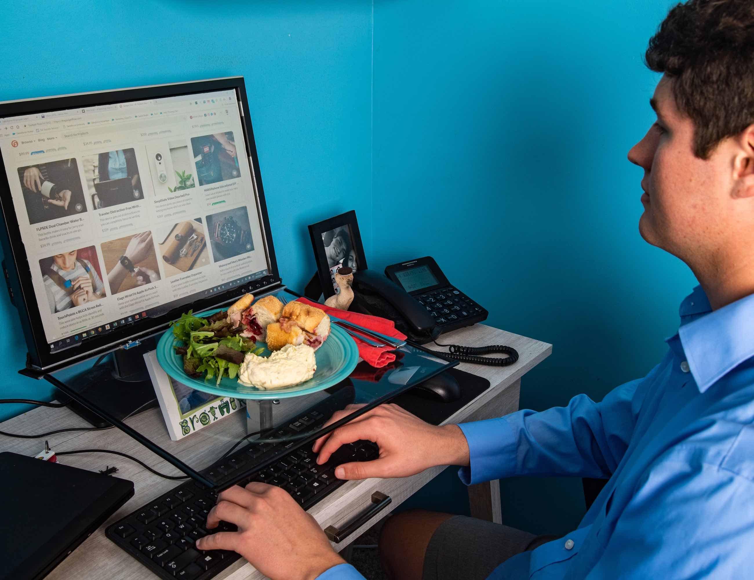Monitray Monitor Food Tray